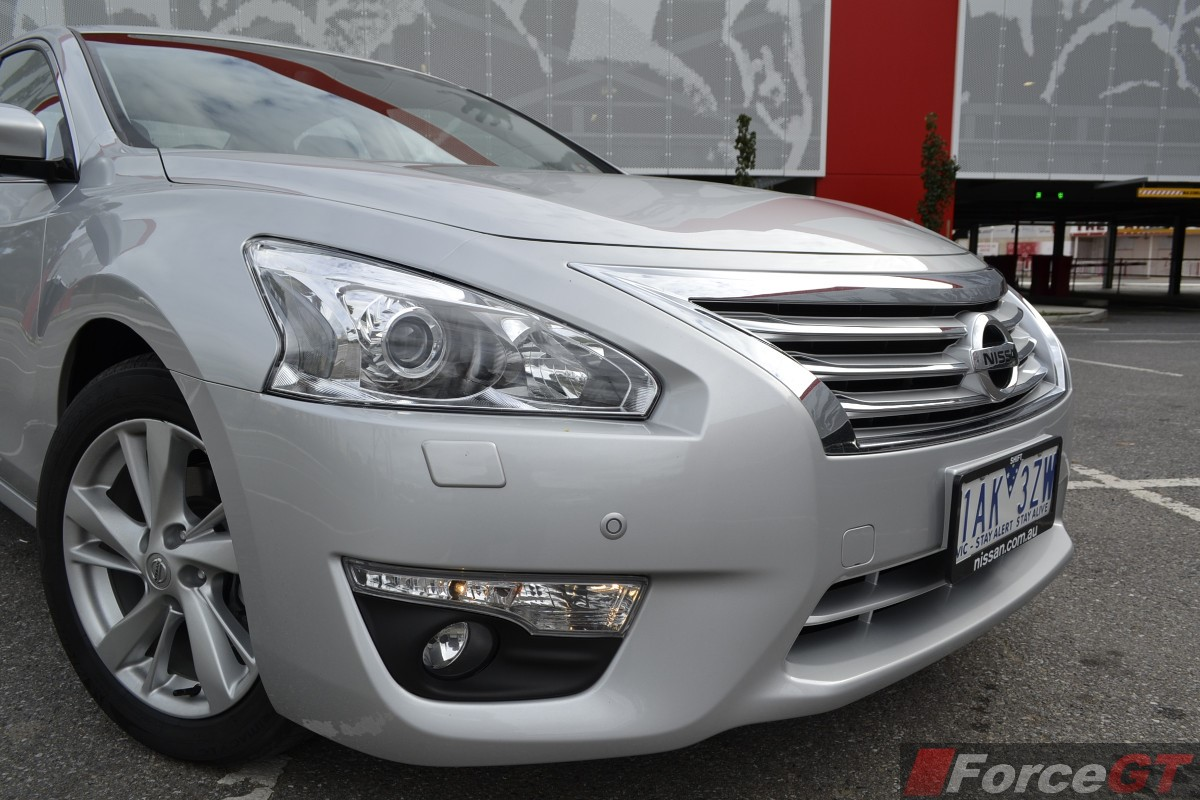 Nissan Altima Review: 2014 Altima Sedan