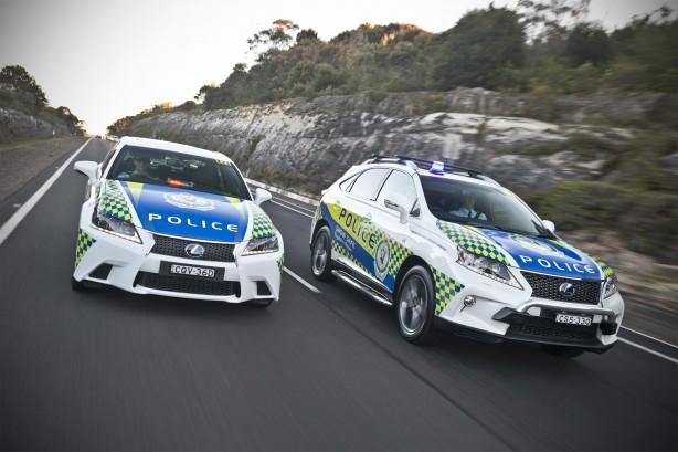 Lexus-NSW-Police-High-Vis-patrol-car4