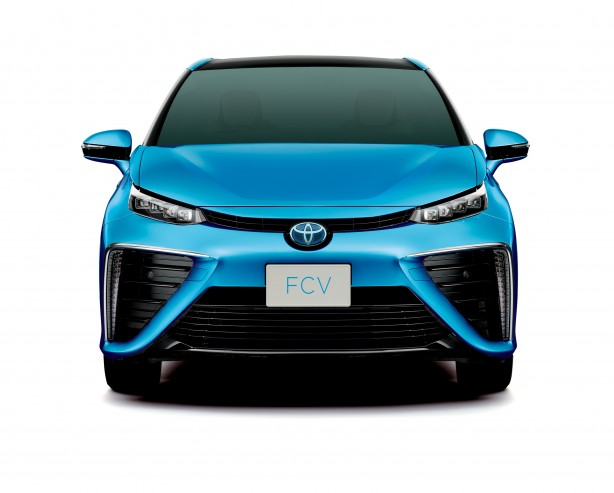 Toyota FCV_fronthr