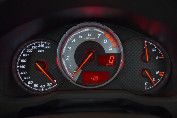 2014 Toyota 86 GTS instruments