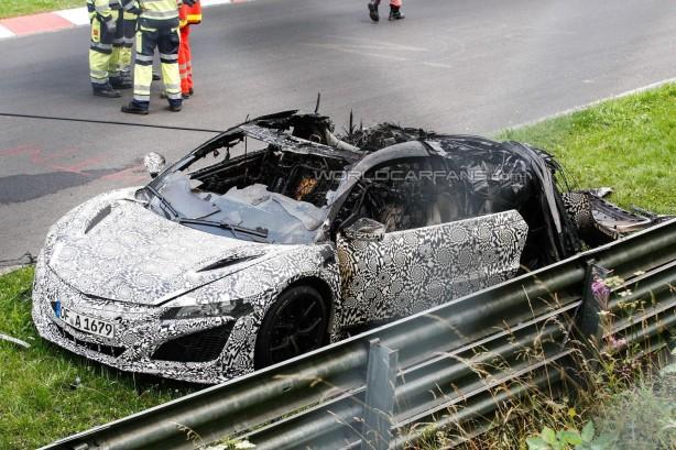 2015 Hond NSX prototype caught fire front quarter
