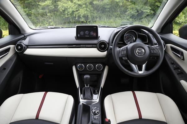 2015 Mazda2 leaked image interior