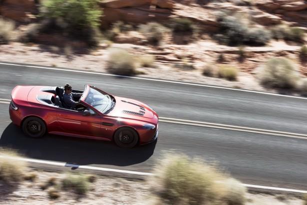 Aston Martin V12 Vantage S Roadster top