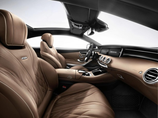 Mercedes-Benz-S65-AMG-Coupe-cabin