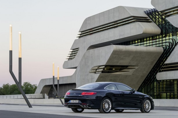 Mercedes-Benz-S65-AMG-Coupe-rear-quarter