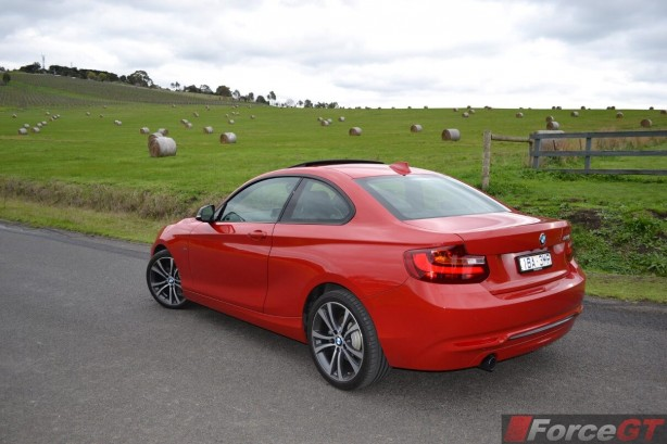 2014-bmw-2-series-rear-quarter4