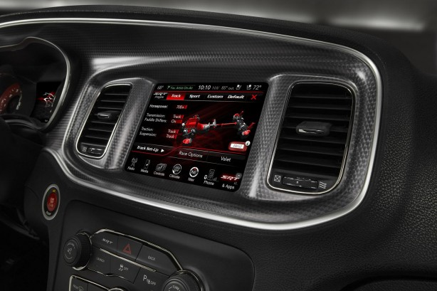 2015 Dodge Charger SRT Hellcat Drive Mode select