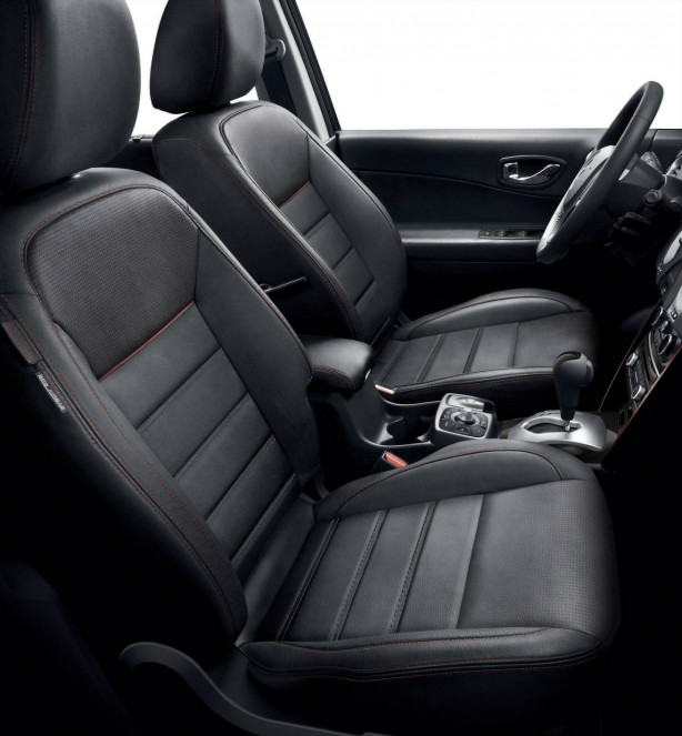 renault-koleos-sport-way-limited-edition-front-seats