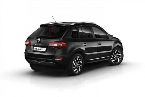 renault-koleos-sport-way-limited-edition-rear-quarter