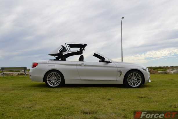 2014 BMW 4 Series Convertible side-3