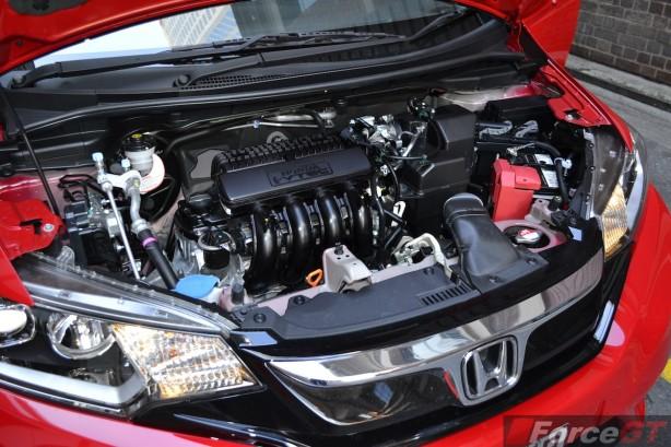 2014 Honda Jazz VTi-L engine