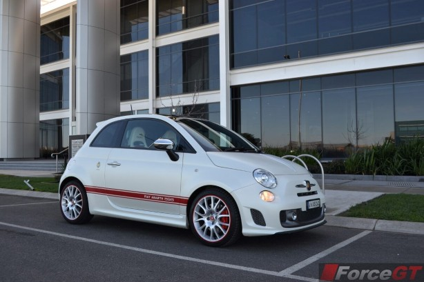 2014-abarth-595-50th-anniversary-side