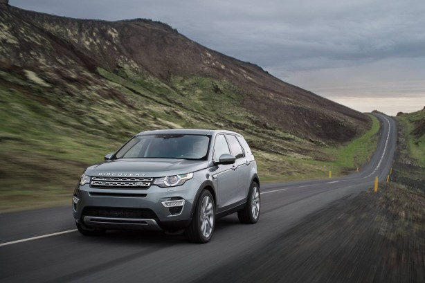 Land Rover Discovery Sport front quarter-1