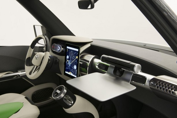 Toyota Urban Utility (U2) concept interior