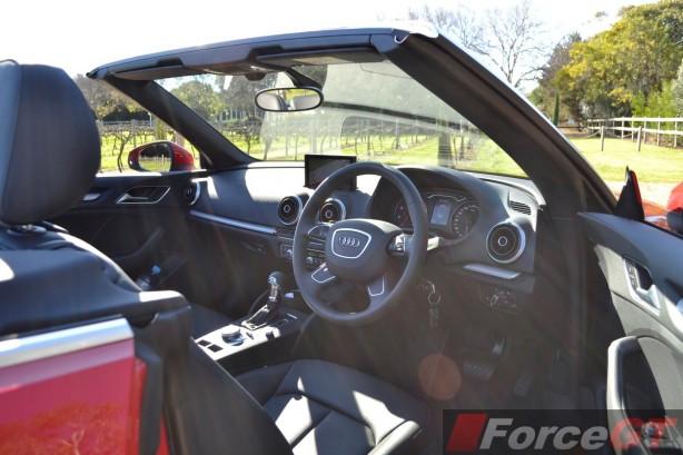 2014 Audi A3 1.4 TFSI Attraction dashboard