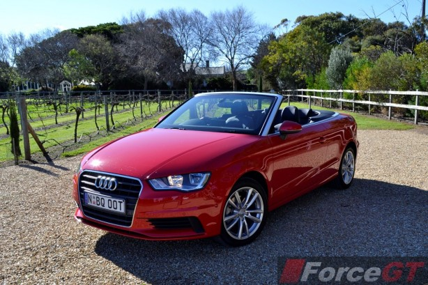2014 Audi A3 1.4 TFSI Attraction front quarter-1