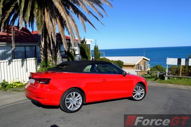 2014 Audi A3 1.4 TFSI Attraction rear quarter-3