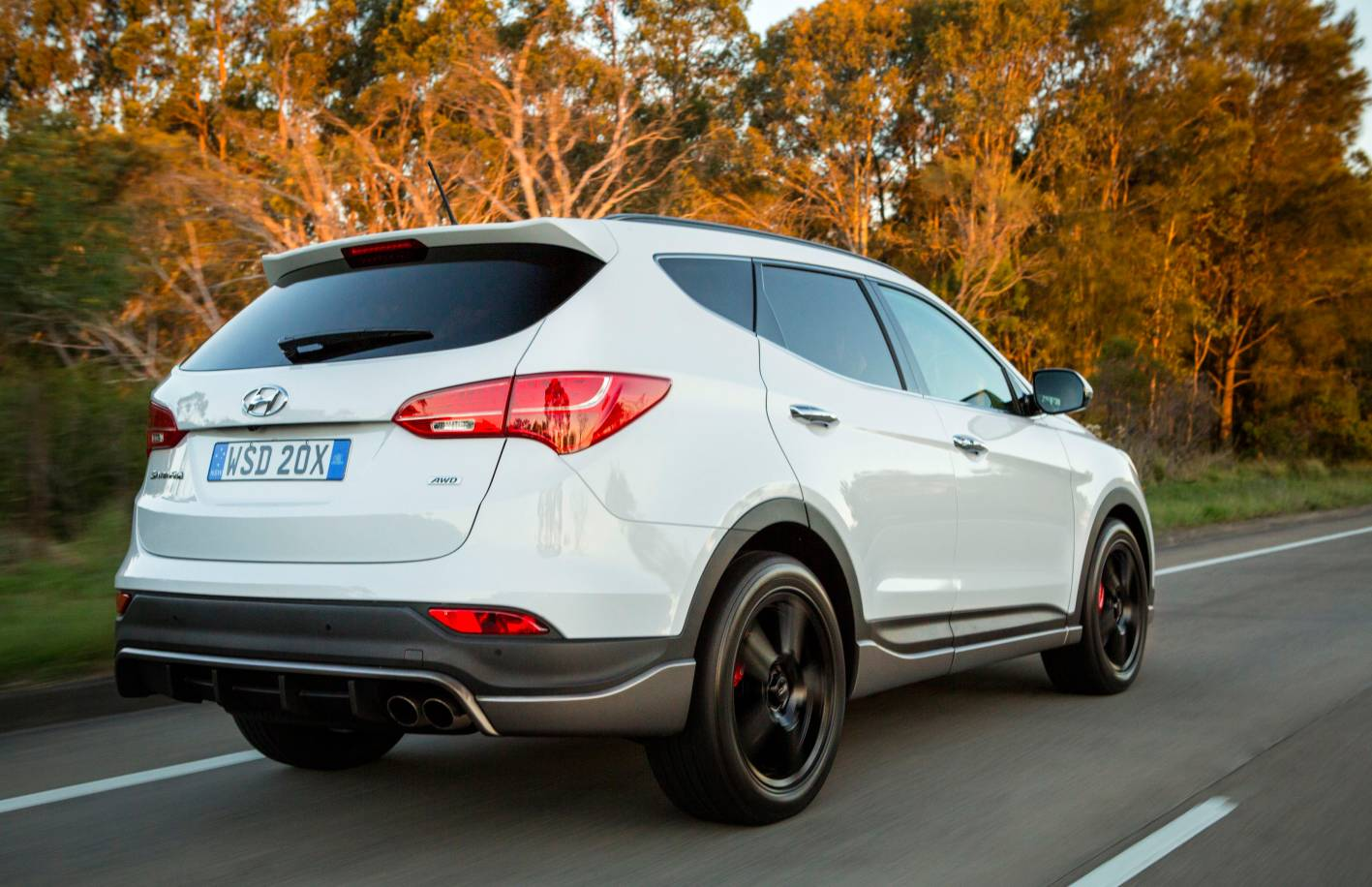 Hyundai Cars News Santa Fe Updated For 2015 With New Sr