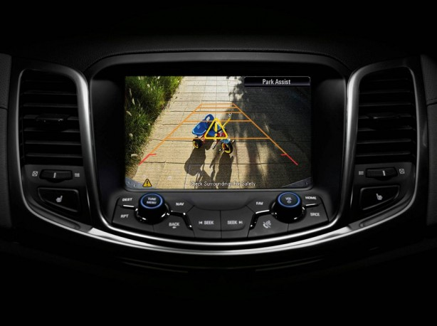Holden MY15 VF Commodore Reverse Camera with dynamic guidelines