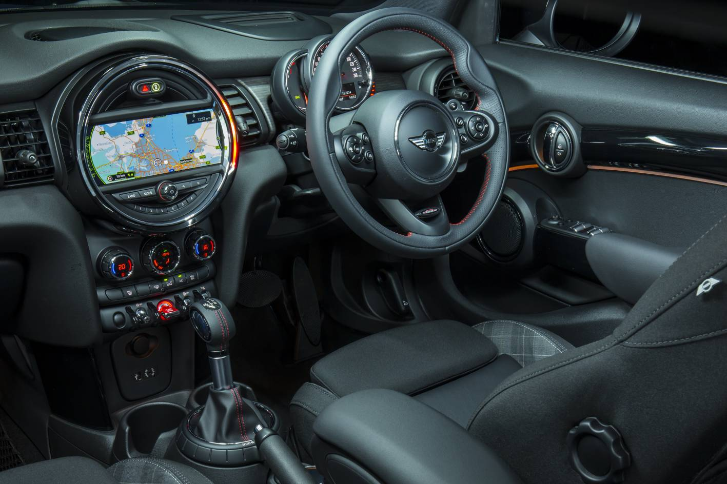 Mini Cooper S 5 Door Interior Forcegt Com