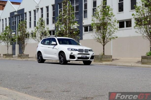 2014 BMW X3 xDrive30d LCI front quarter-2