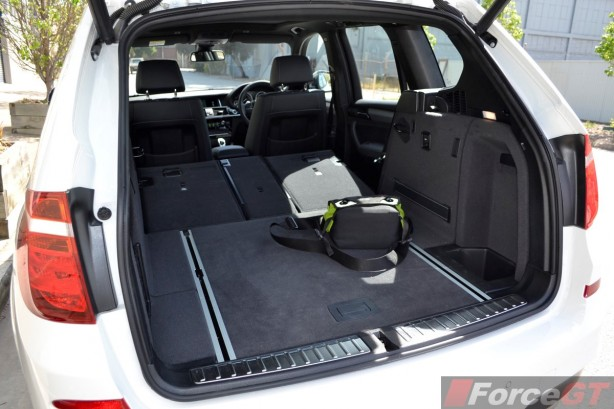 2014 BMW X3 xDrive30d LCI luggage space seats folded