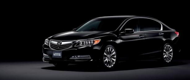 2015 Honda Legend front quarter