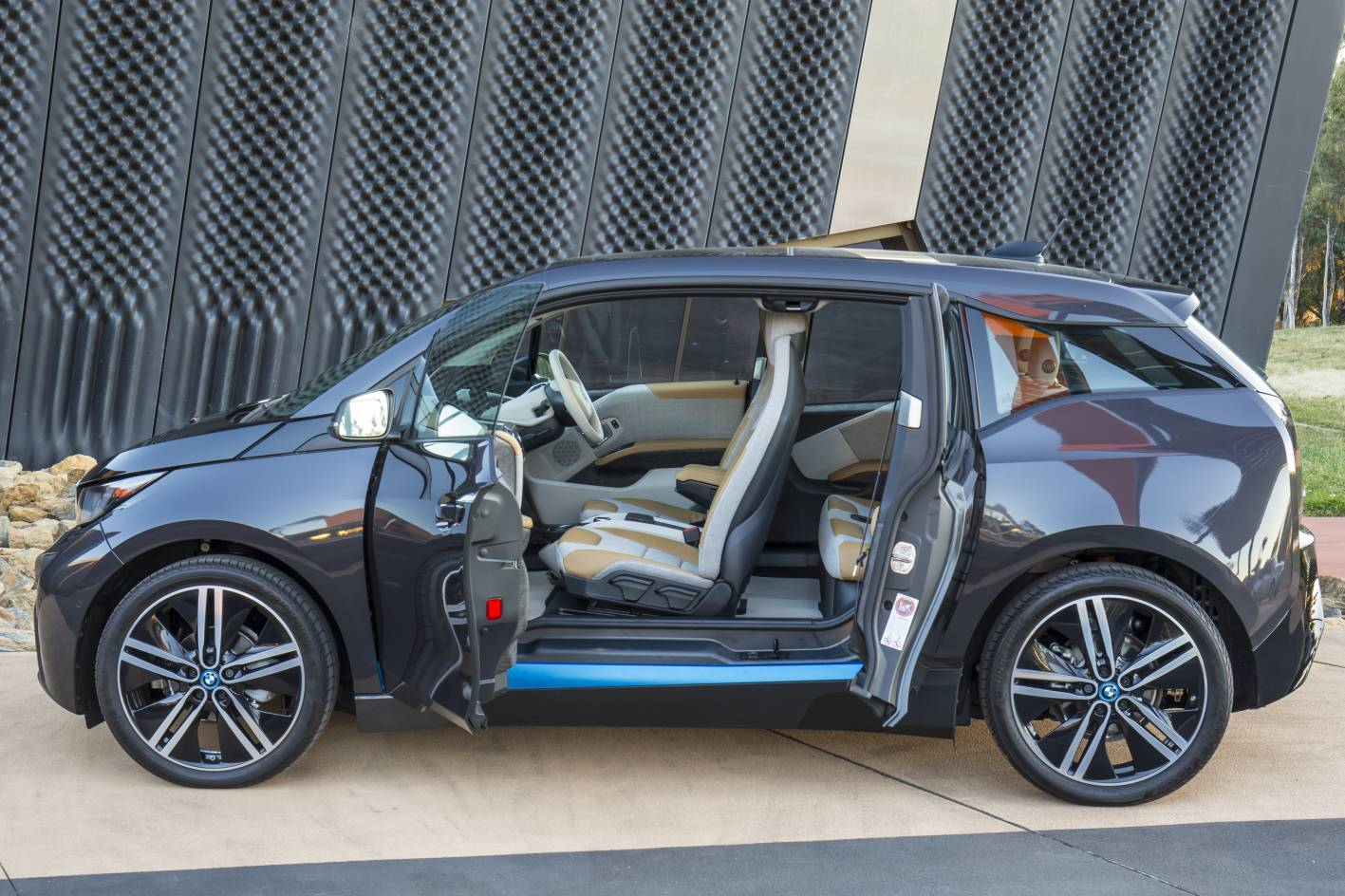 Bmw Cars News Bmw I3 Ev Launched From 63 900