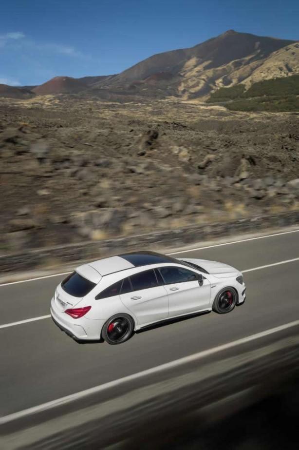 Mercedes-Benz CLA 45 AMG Shooting Brake rear quarter-1