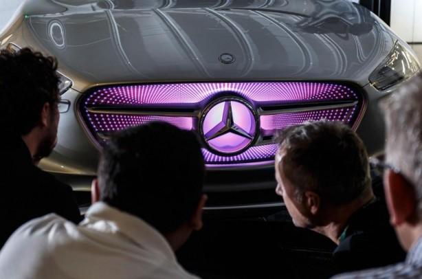 Mercedes-Benz G-Code concept front grille