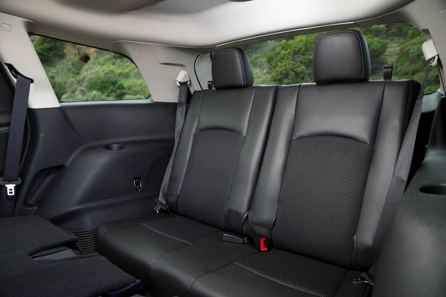 Fiat Freemont Crossroad Third Row Seats