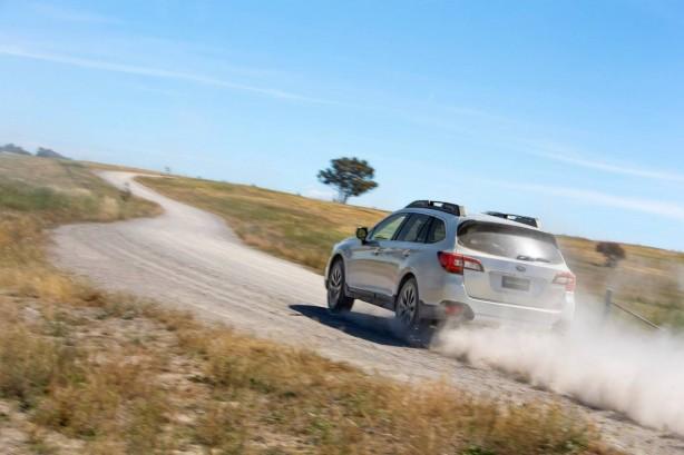 2015 Subaru Outback 2.5i rear quarter