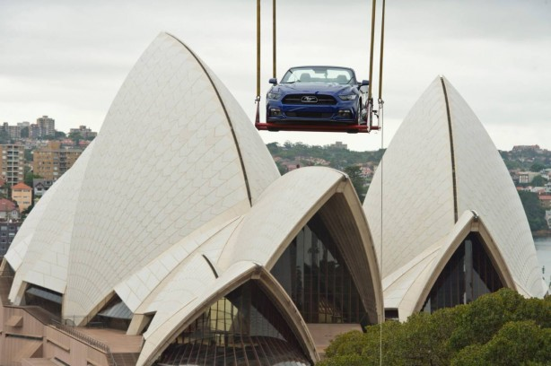 2015-ford-mustang-sydney-new-years-eve-celebration-2