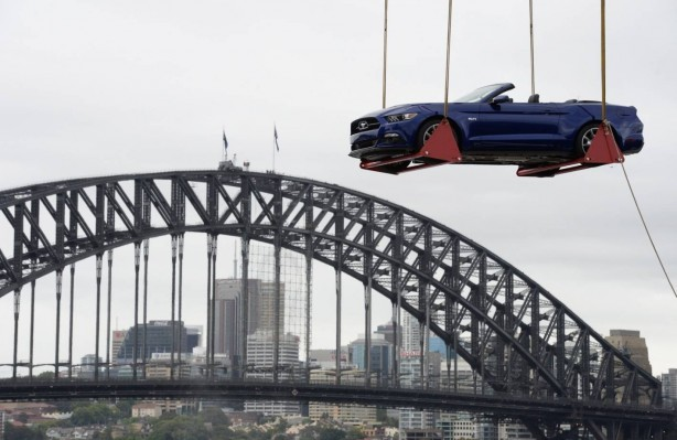 2015-ford-mustang-sydney-new-years-eve-celebration-4