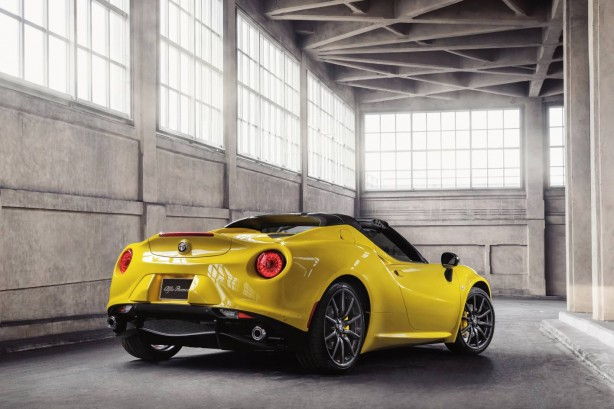 2015 Alfa Romeo 4C Spider rear quarter