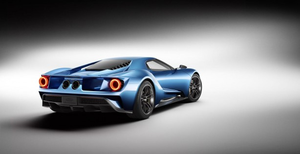 2015 Ford GT rear quarter