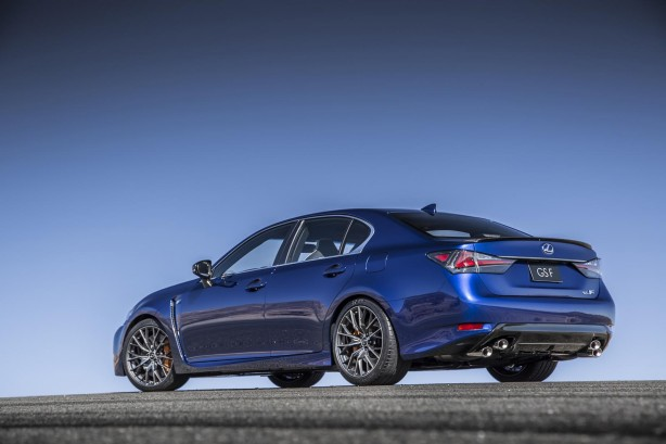 2015-lexus-gs-f-rear-quarter