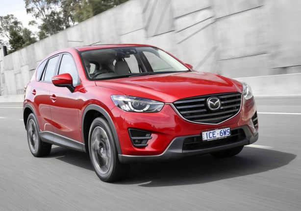 2015-mazda-cx-5-facelift-front-quarter