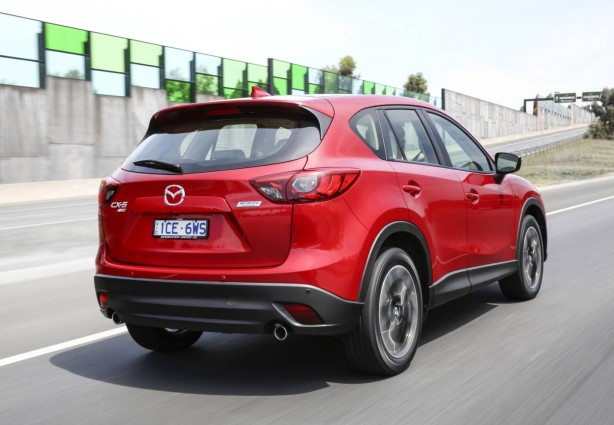 2015-mazda-cx-5-facelift-rear-quarter