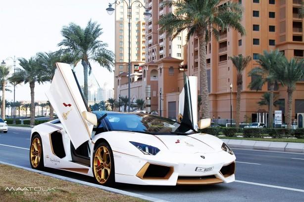 Lamborghini Aventador LP700-4 by Maatouk Design front quarter