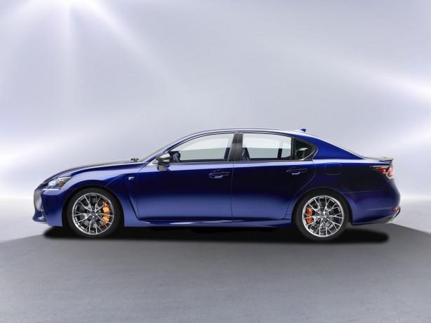 Lexus GS F side