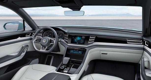 Volkswagen Cross Coupe GTE concept interior