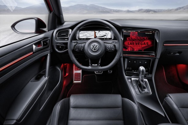 Volkswagen Golf R Touch concept Active Information Display-1