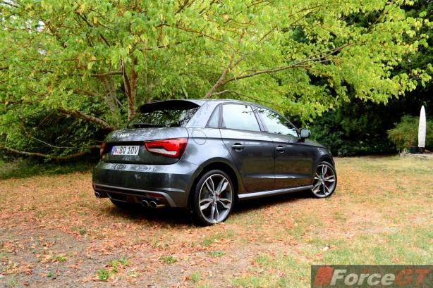 2015 Audi S1 Sportback rear quarter