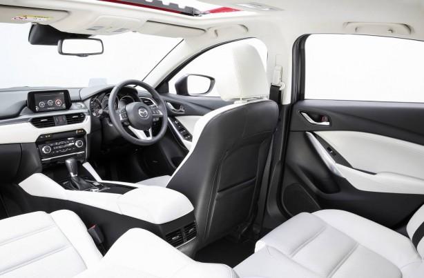 2015-mazda6-sedan-facelift-cabin2