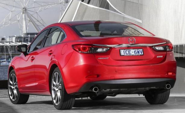 2015-mazda6-sedan-facelift-rear-quarter