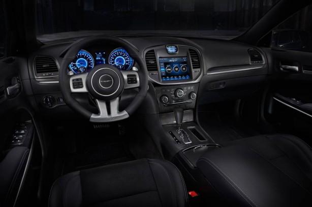 chrysler-300-srt-core-satin-vapour-interior