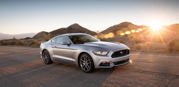 2015 Ford Mustang GT front quarter