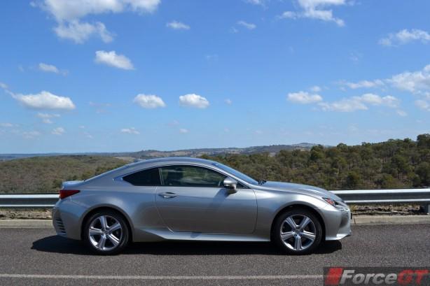 2015-lexus-rc-350-luxury-side3