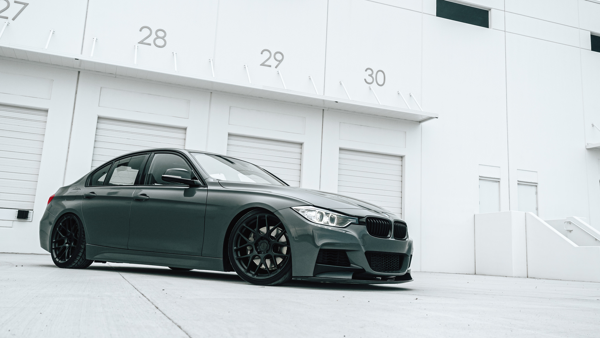 Tuned Bmw 3 Series Slammed On Morr Wheels Forcegt Com